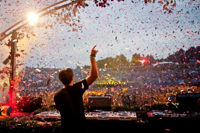 alesso-tomorrowland-2012-live
